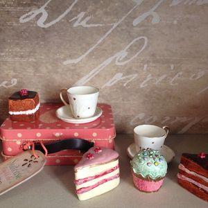 Maileg Mini Suitcase Tea Set