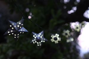 Solar LED String Lights / 16 Metal Stars - occasional supplies