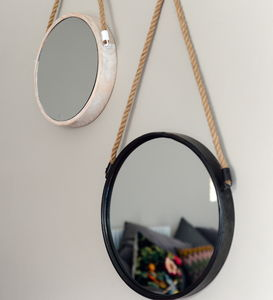 Port Mirror - bedroom