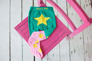 Green And Pink Tights With Yellow Star