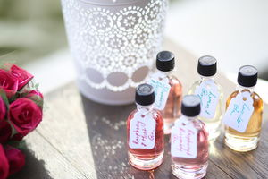 Wedding Favours Infused Gin: From 15 Bottles - wedding favours