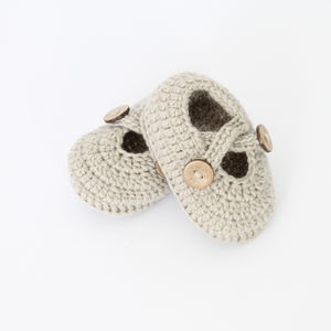 Hand Crochet Baby Crossed Strap Shoes Four Colours