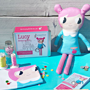 Lucy Sewing Kit