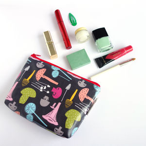 Mushrooms Wash Bag - bathroom