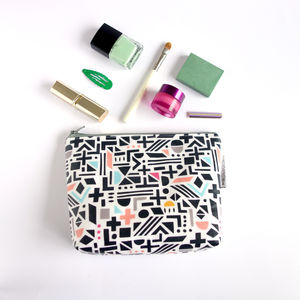 Shapes Wash Bag In Colour Pop - style-savvy