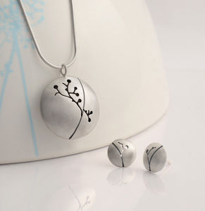 Isis Silver Pendant And Earring Set