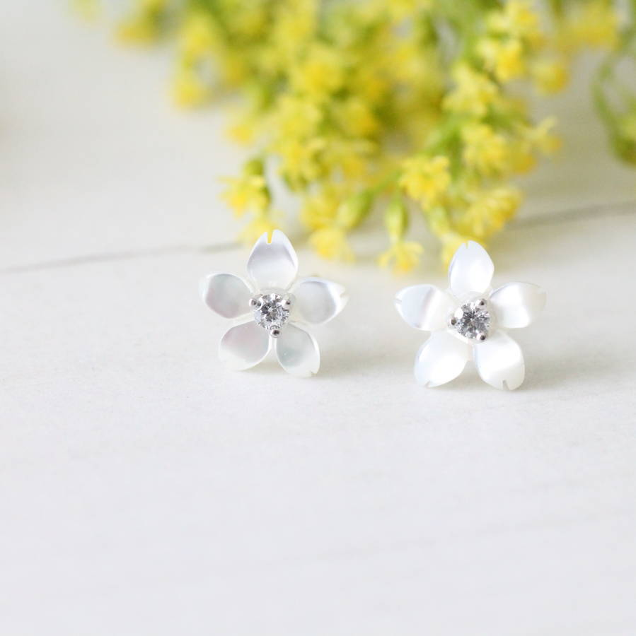 Silver Mother Of Pearl Le Blossom Earrings