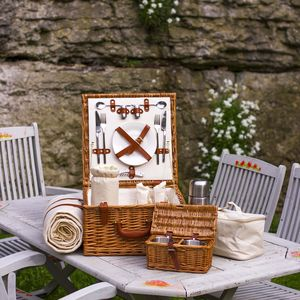Fitted Picnic Hamper - garden