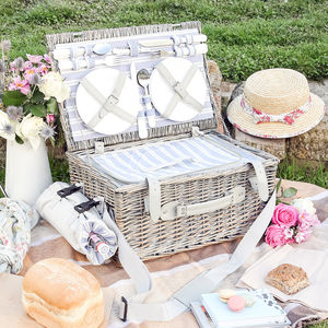 Willow Picnic Hamper For Four - garden