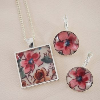 Liberty Floral Necklace And Earring Set