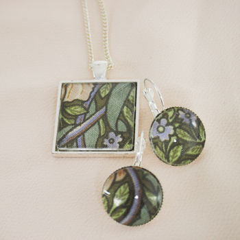 William Morris Necklace And Earring Set