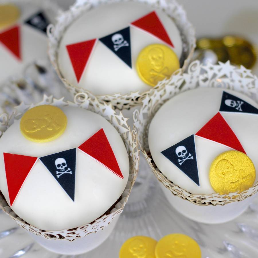 pirate bunting birthday cake decorating kit by clever ...