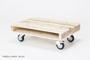 Small Pallet Coffee Table On Wheels