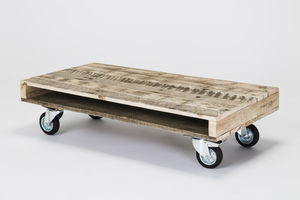 Pallet Coffee Tables On Wheels - furniture