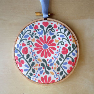Flower Fabric Hoop - pictures & prints for children