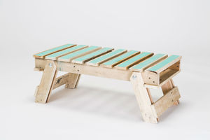 Pallet Table With Colour - new in