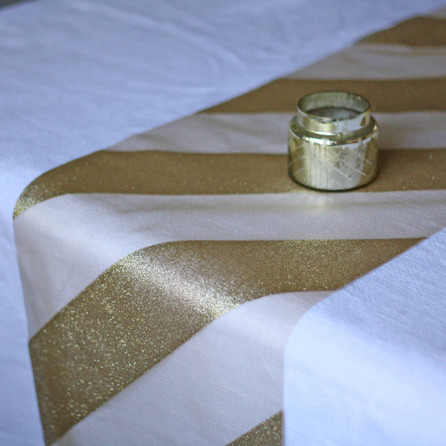 gold glitter chevron table runner 5m by the wedding of my dreams. Black Bedroom Furniture Sets. Home Design Ideas