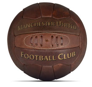Retro Manchester United Heritage Leather Football