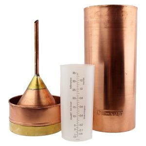 Traditional Copper Rain Gauge - gardener