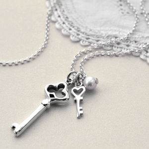 Sterling Silver Vintage Key Necklace - necklaces & pendants