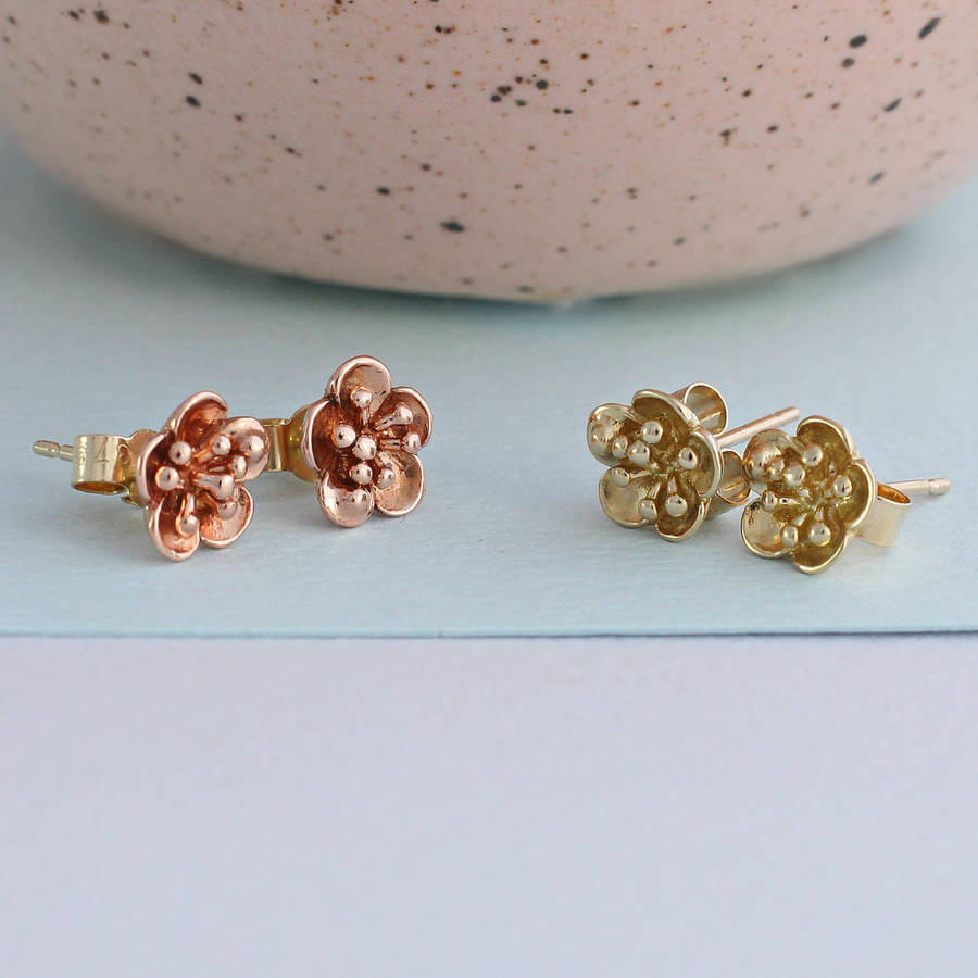 2b04f3ece 9ct Gold Flower Stud Earrings in solid 9ct Rose and Yellow Gold