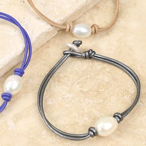 Knot And Pearl Leather Bracelet