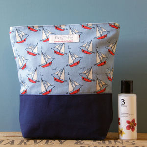 Boats Wash Bag - make-up & wash bags