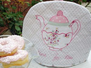 'Time For Tea' Teapot Tea Cosy