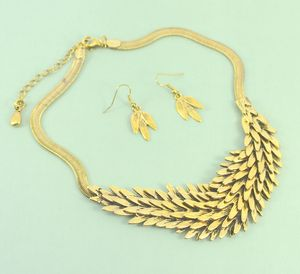 Statement Collar Necklace And Earring Set Gold Feather