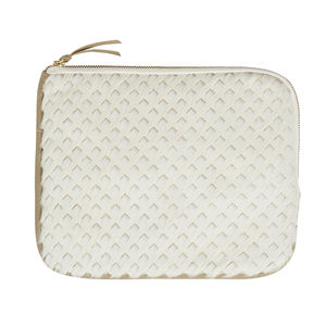 Cortes Arrow Burn Clutch - womens