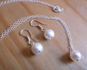Ivory Grade A Freshwater Pearl Set - jewellery sets