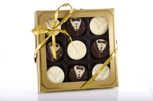 Chocolate Covered Oreos Bride And Groom - edible favours