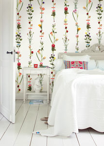 Flower Garland Wallpower - home decorating