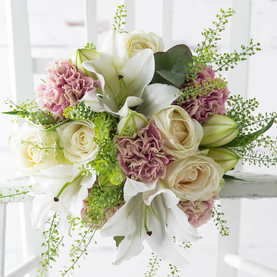 Birthday Flowers London: Rosebud Fresh Flowers Bouquet By Appleyard London
