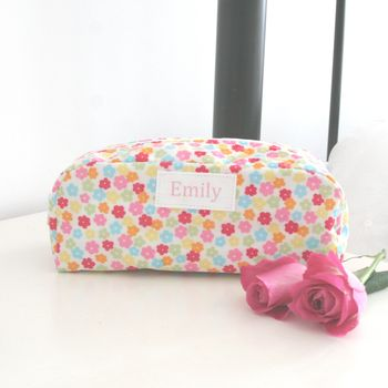 Floral Oilcloth Cosmetic Bag