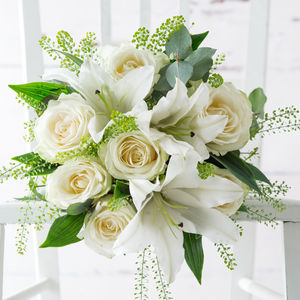 Pure Rose And Lily Fresh Flowers Bouquet - home accessories