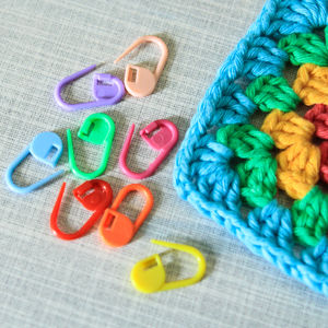 Eight Coloured Stitch Markers