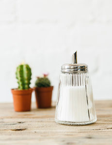 Retro Sugar Dispenser