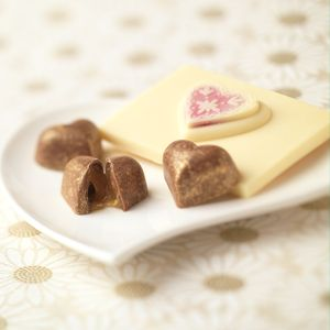 Caramel Filled Hearts With Chocolate Bar