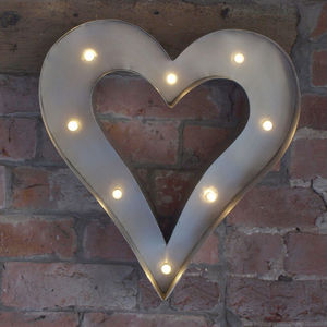 Retro LED Heart Light