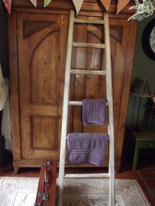 Large Reclaimed Wooden Towel Ladder