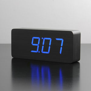 Rechargeable Slab Black Click Clock
