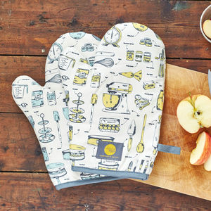Baking Delight Oven Mitt - aspiring chef