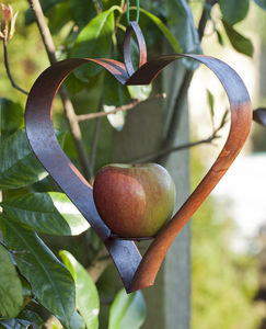 Metal Heart Bird Feeder