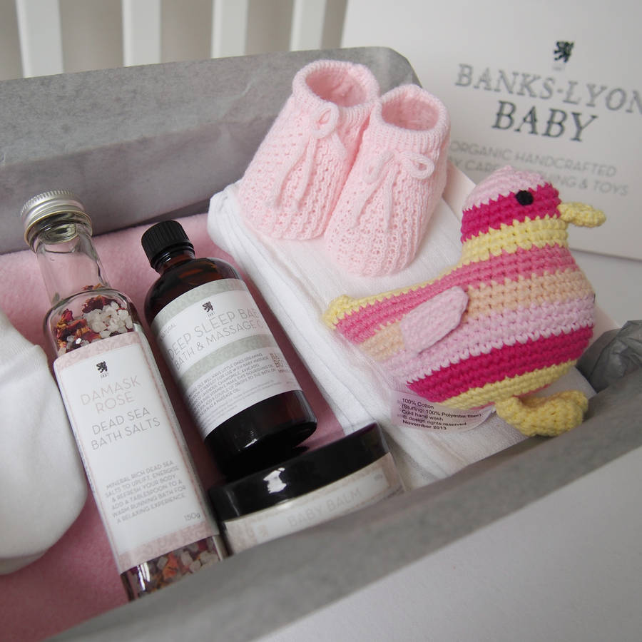 Make Your Own Gifts Create your own handmade baby girl gift box by banks lyon botanical create your own handmade baby girl gift box sisterspd