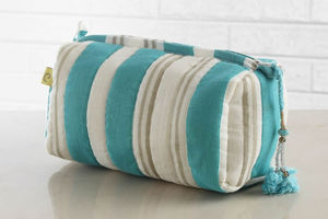 Jaisal Aqua Make Up Bag