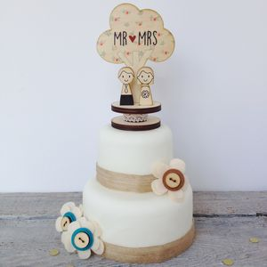 Wooden Bride And Groom Wedding Topper