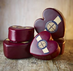 Boxed Heart Shaped Vintage Organic Cheddar - under £25
