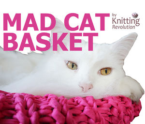 Round Knitted Mad Cat Basket
