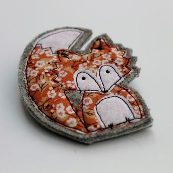 Embroidered Fabric Fox Brooch